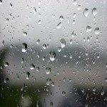 cute-rain-in-mirror