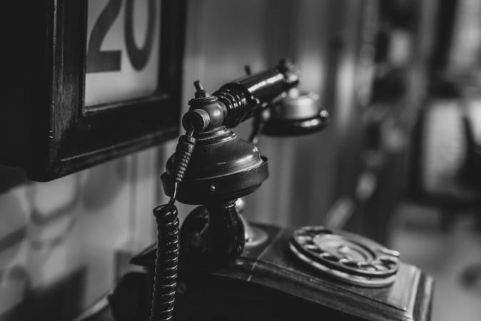 Telefon służy również do dzwonienia!